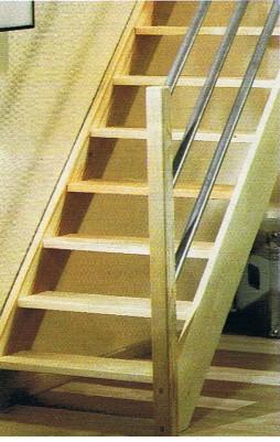 Vuren trap jura - Moderne trap kwartslag ...